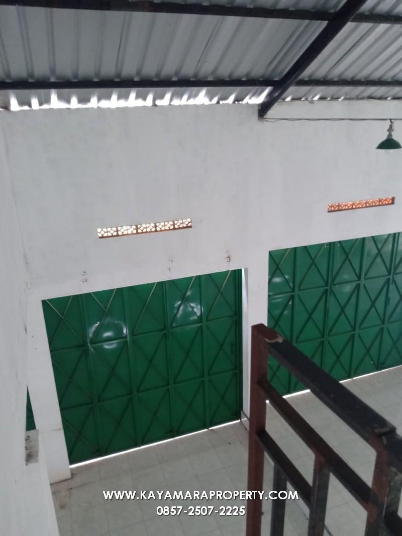03 pintu gudang