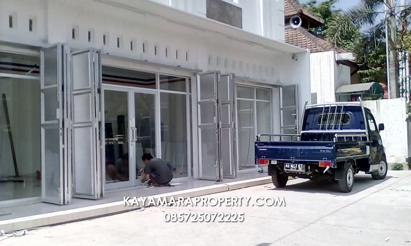 Pros_0056 pintutokoadamobil