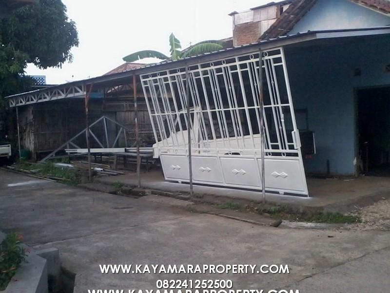 Gerbang 012 Rumah Cemara 2 Solo