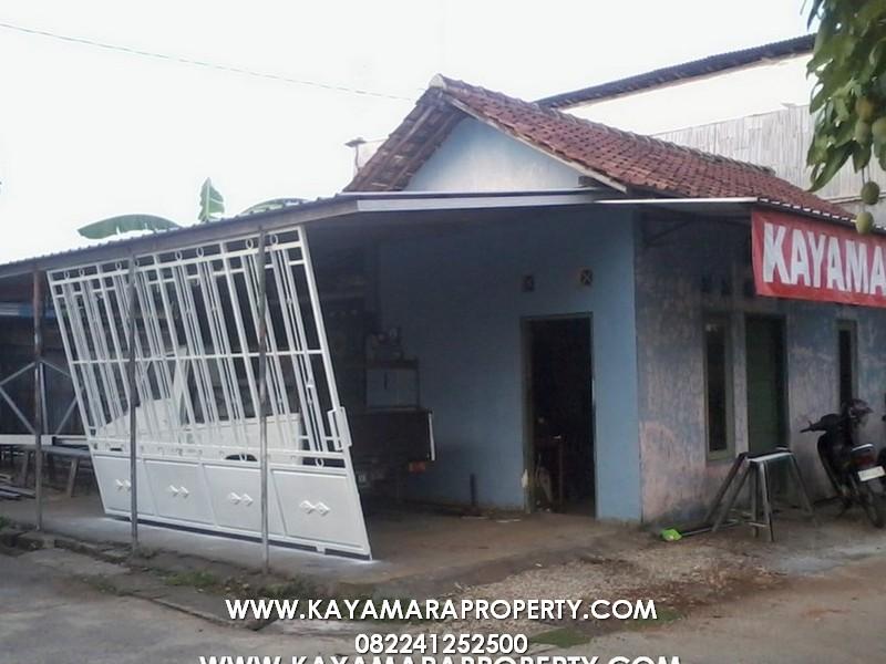 Gerbang 014 Rumah Cemara 2 Solo