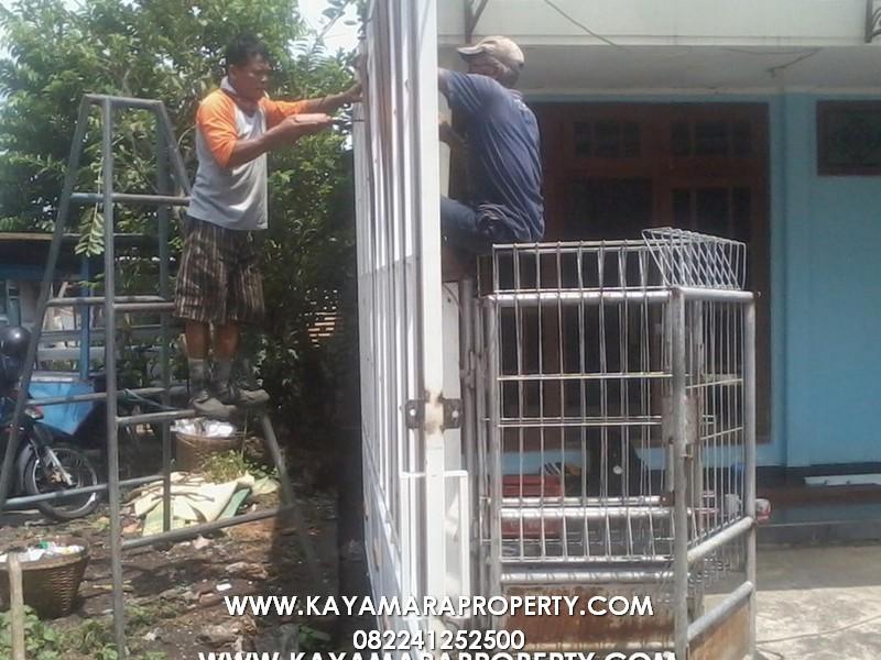 Gerbang 021 Rumah Cemara 2 Solo