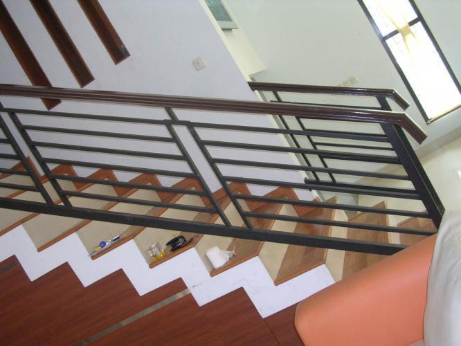 Jasa Pembuatan Railing Tangga Besi Solo Murah 082241252500