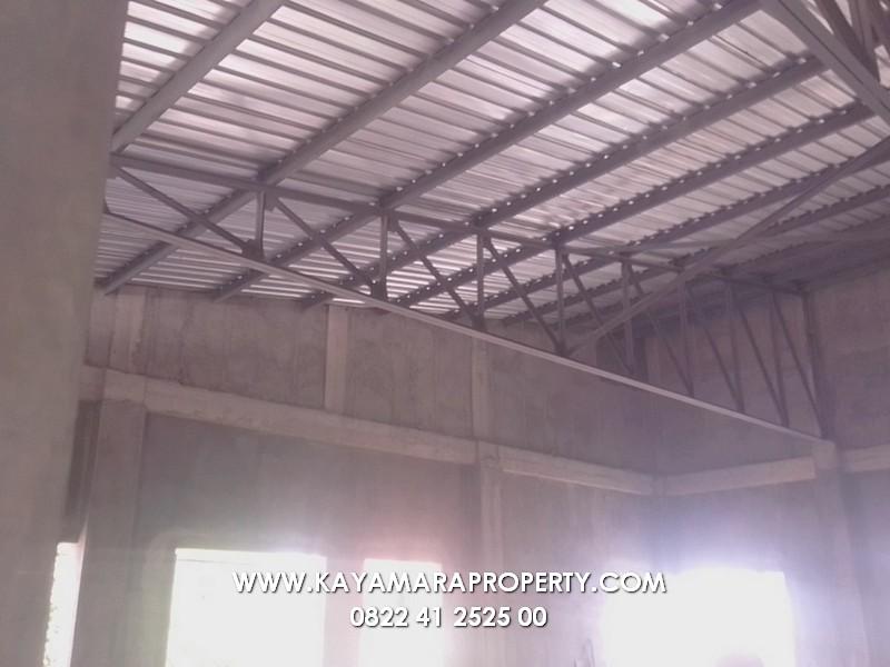 bagian atap atas